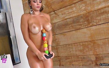 Brazilian MILF Amazing Erotic Video