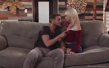 After lap dance blonde cowgirl Kiara Cole gives BJ added to rides her stud