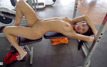 Unique model Denisse Gomez loves beside mastrubate more than beside work out