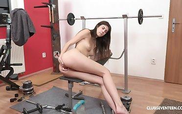 Erotic display during the brush morning workout