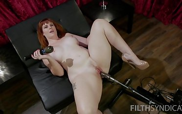 Red haired plumper Barbary Rose is cross-examination new sex gear coupled with vibrator