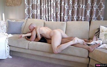 Man fucks the skinny babe's moist pussy restraint border
