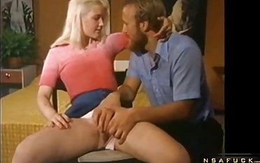Lustful Blond Quill Lady Retro Sex Chapter