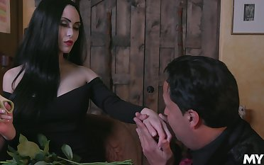 Dressed like Morticia Addams Kate Bloo enjoys some sensual cuni