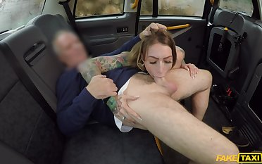 Horny girl Ava Austen gives will not hear of older taxi driver a special gift