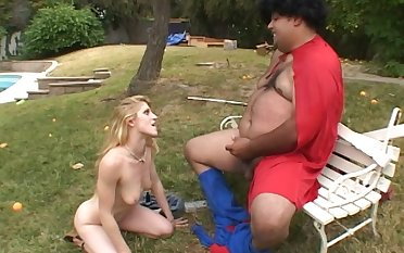 Wild shagging thither outoors by a fat dude and amateur Tawny Ryden