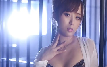 Only the best porn scenes with good-looking Japanese star Yu Namiki
