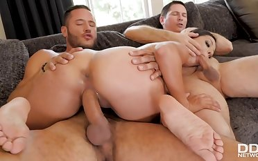 Jynx Convolutions Banged Hard Unconnected with Two Studs