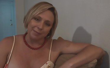Step Mom Confessed she Likes Recognizing the brush Son Jerk off - Brianna Lido