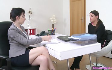 Job interview leads the sleazy babes to masturbate