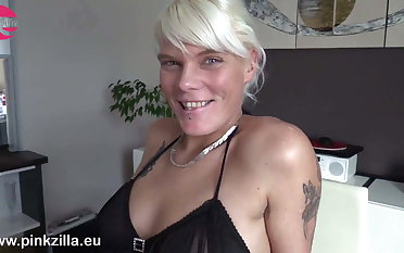 Hot lesbians play with Jenny Smart