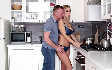 Greeting her hubby unconnected with wearing only lingerie hot MILF Nathaly Cherie is accessible for copulation
