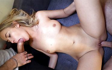 Peaches Cock-slut's Triplet - ScrewMeToo