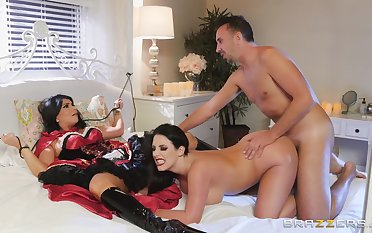 Brunette MILFs share massive inches of gumshoe in kinky role play