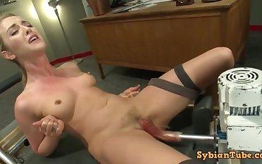 Karla Kush Machine Shagged To Squirting Orgasm