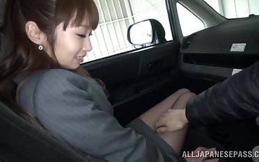 Hot ass cutie from Japan gives a nice blowjob in the van. HD