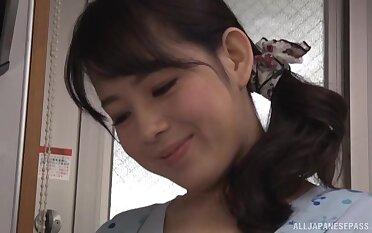 Smoking hot Mishima Natsuko gets her hands on a treat boner