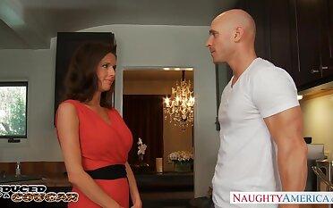 Cougar enjoys intense mature orgasm with hot blooded baldie Johnny Sins