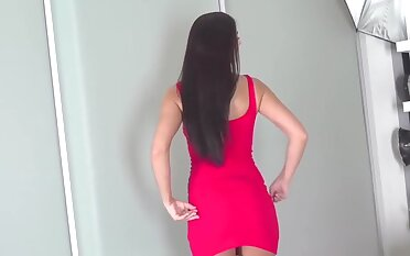Amazing Brunette Forth Her Great Casting Debut