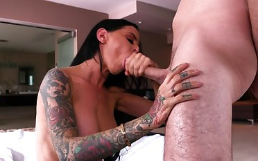 Brandy Aniston sucks her step son and swallows his juice