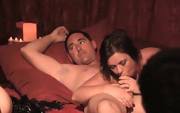 Explicit sex Scene from 'Swing S01E02'