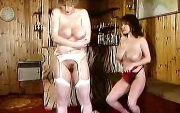 Mighty Real - vintage 80s big tits dance joshing