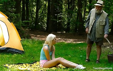 Blondie Lovita Fate is fucked everlasting by kinky geezer in the forest